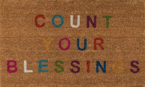 Natural, Red, Blue (ALO-5) Aloha Count Your Blessings Novelty / Seasonal Area Rugs