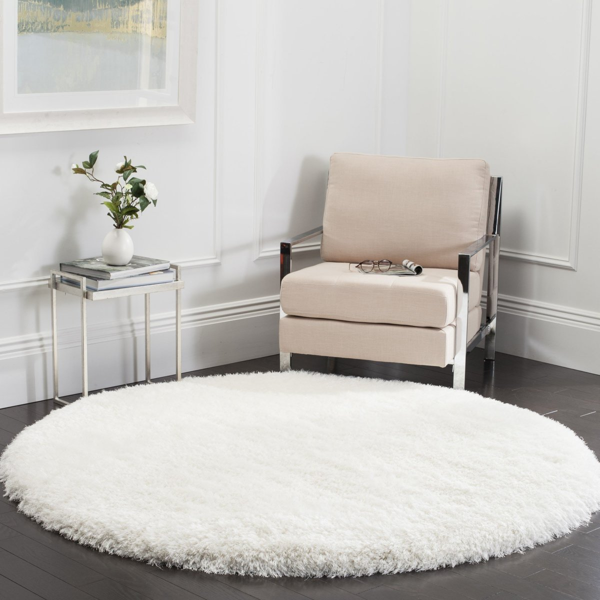 Round Shag Rug in Living Room