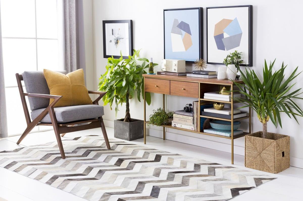 Keep it Interesting Living Room Decor Ideas