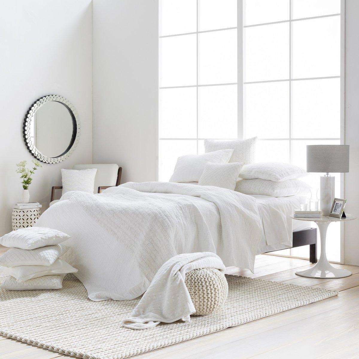 Zen-Like Luxury Bedroom Decor Ideas