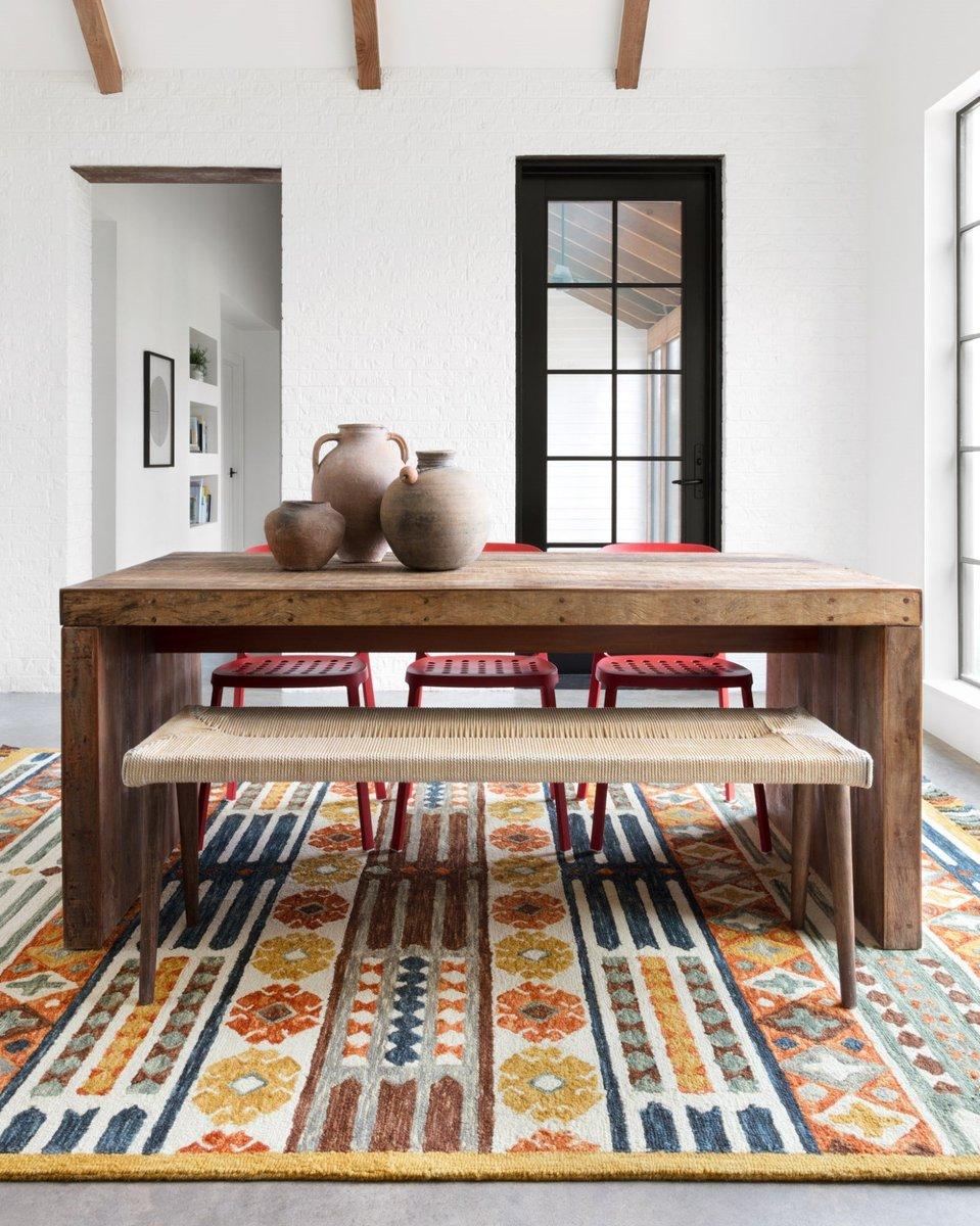Colorful Minimalist Dining Room Decor Ideas