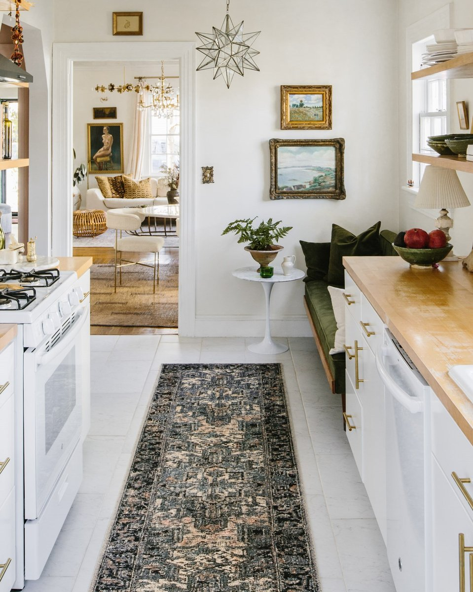 Bold Kitchen Decor Ideas