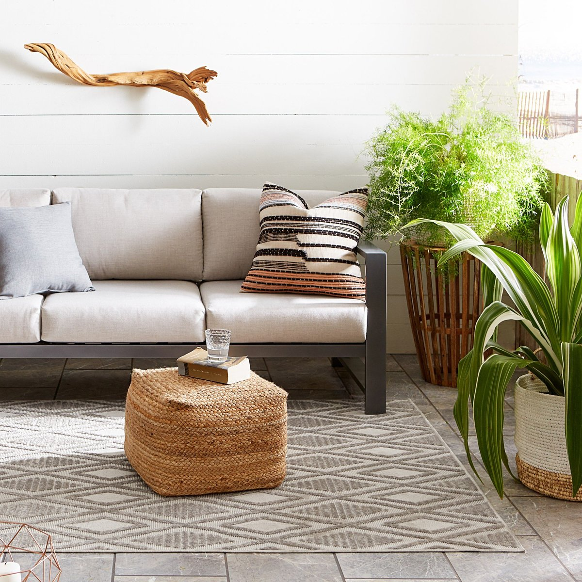 Soothing Greenery Outdoor Decor Ideas