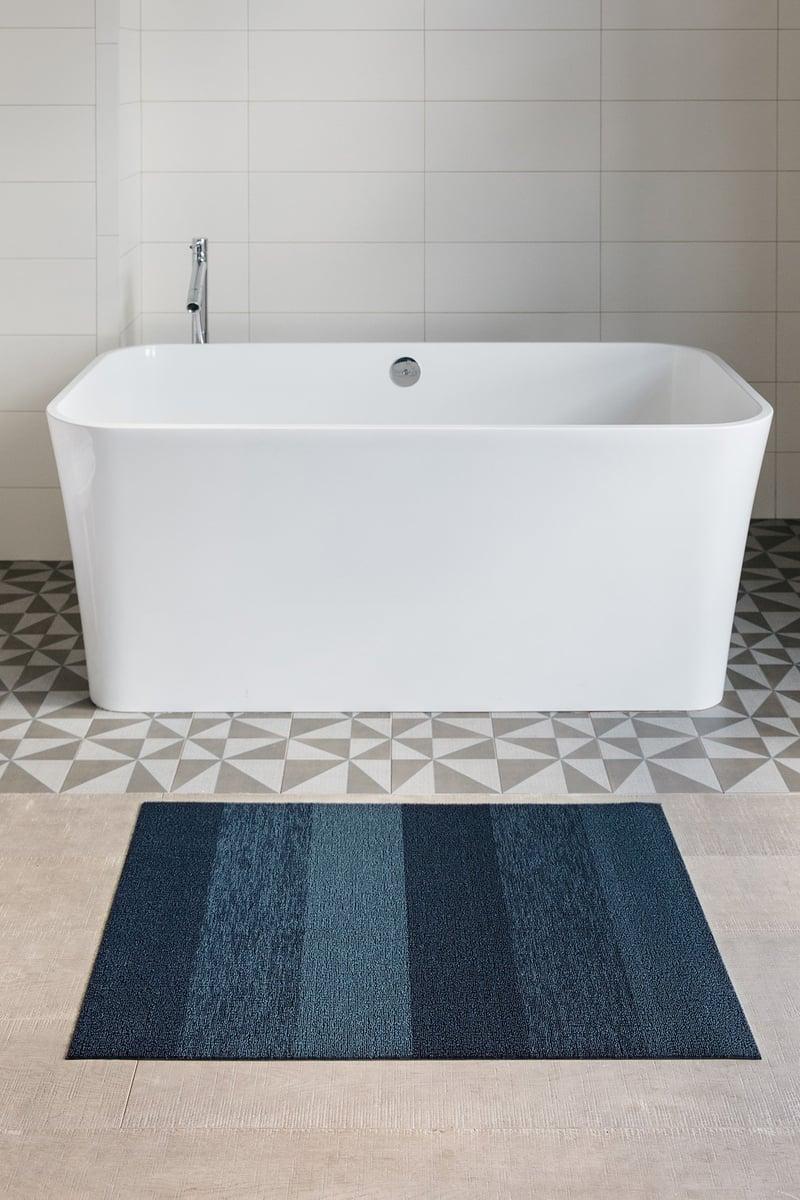 Soothing Stripes Bathroom Rug Ideas