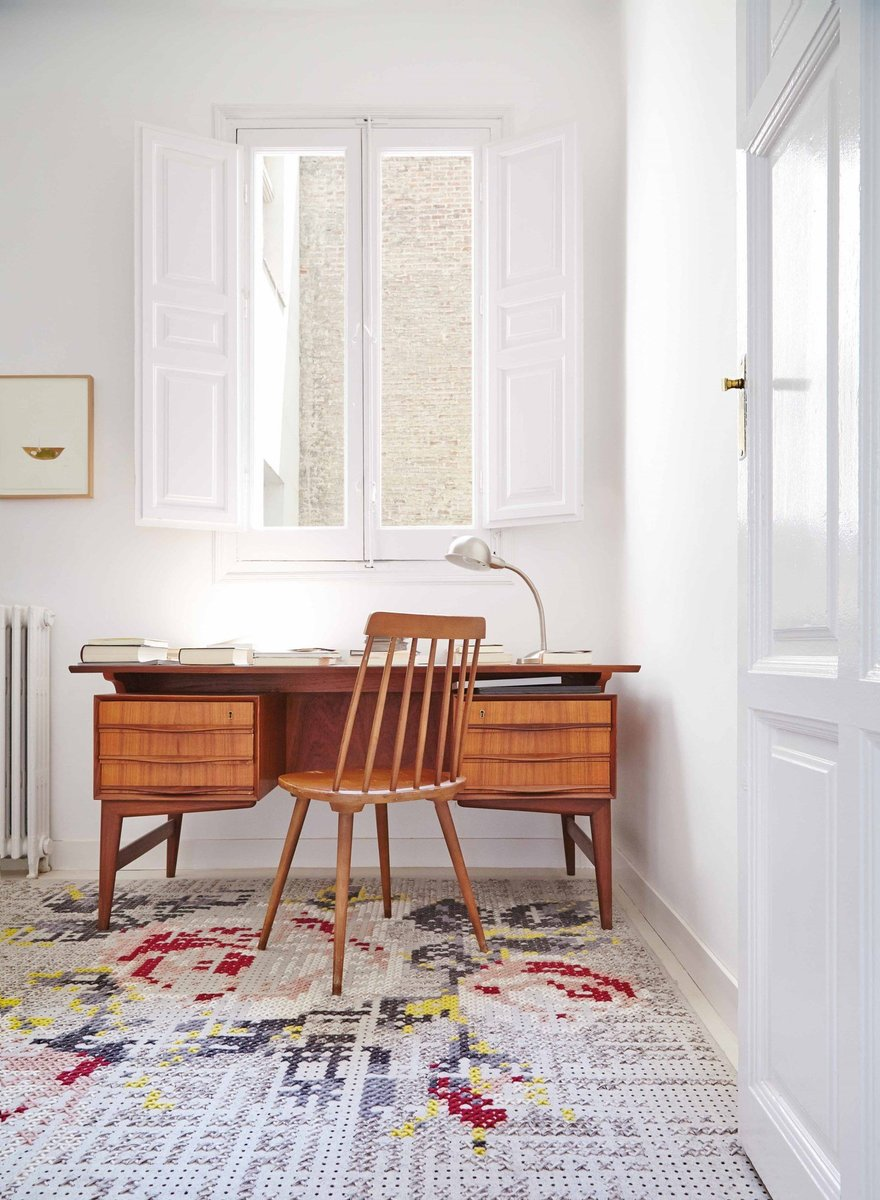 Classic Charm Office Decor Ideas