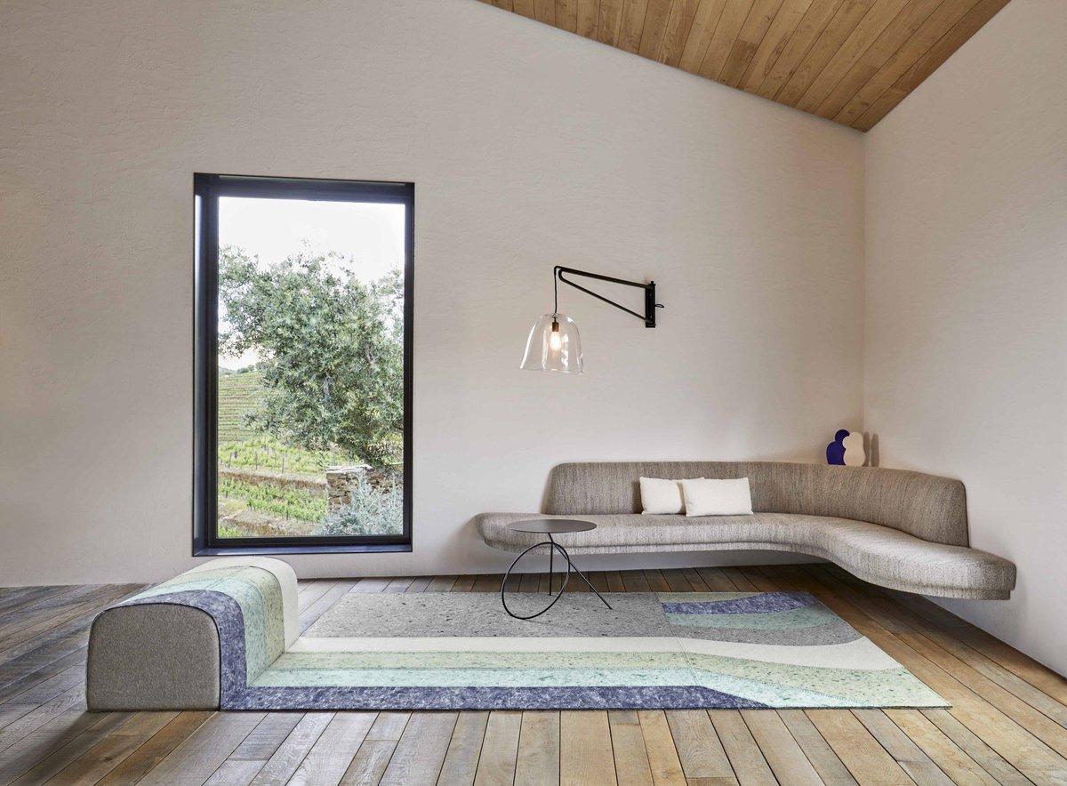 Contemporary Artistry Living Room Decor Ideas
