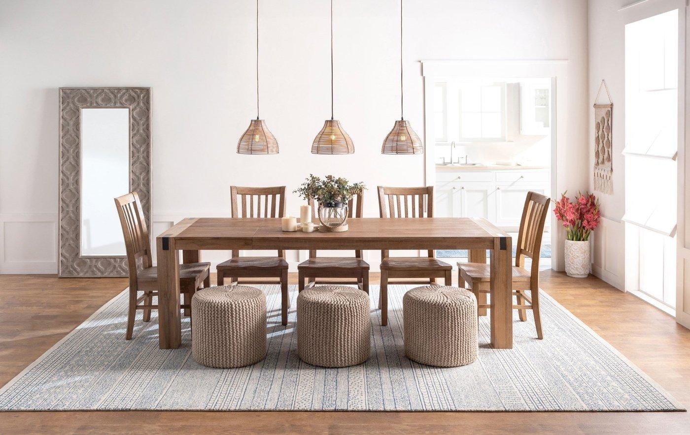 Casually Formal Dining Room Decor Ideas