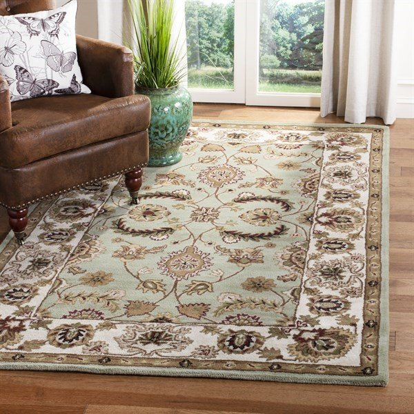 Light Green, Ivory (A) Traditional / Oriental Area Rug