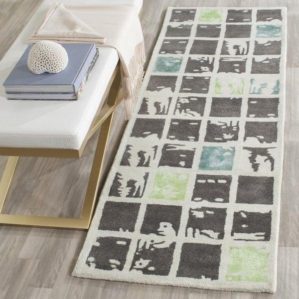 Grey, Ivory (B) Contemporary / Modern Area Rug
