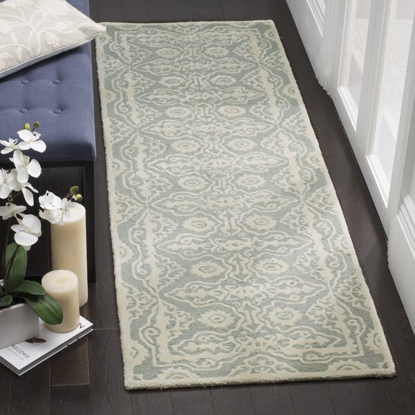 Grey, Ivory (B) Traditional / Oriental Area Rug