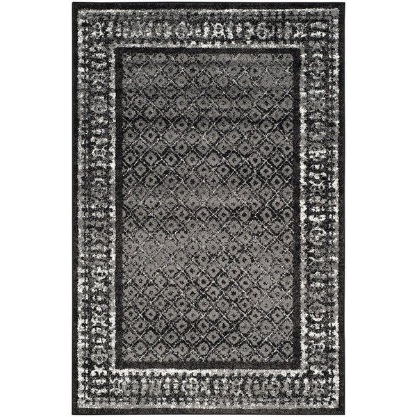 Black, Silver (A) Traditional / Oriental Area Rug