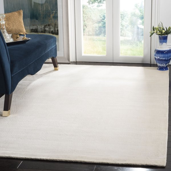 White (W) Solid Area Rug