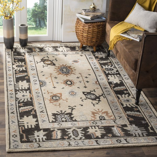 Beige, Charcoal (A) Traditional / Oriental Area Rug