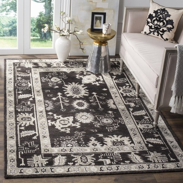Charcoal (C) Traditional / Oriental Area Rug