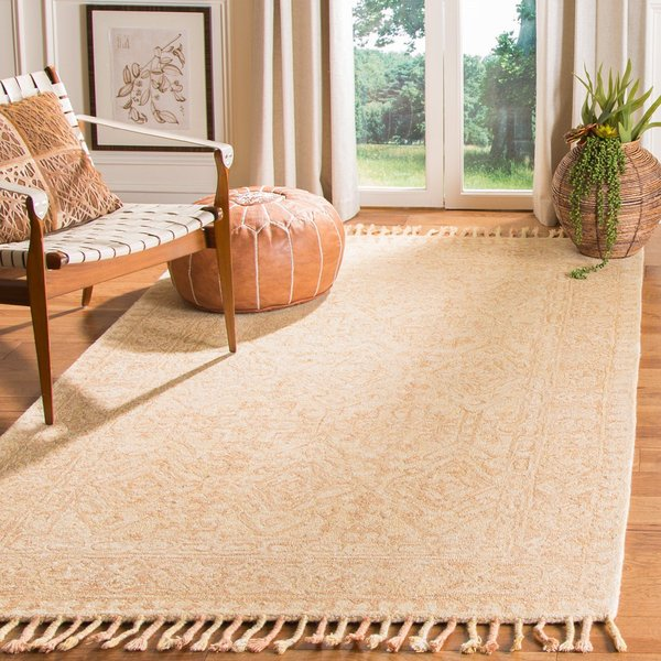 Ivory, Blush Traditional / Oriental Area Rug