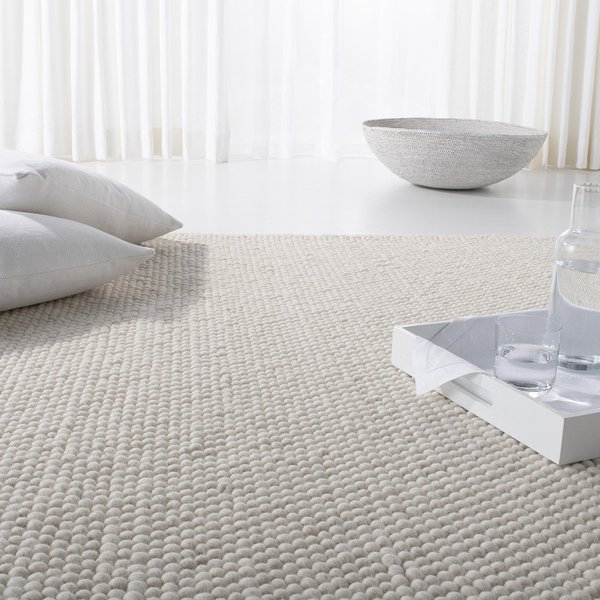 Cream, Ivory (A) Contemporary / Modern Area Rug