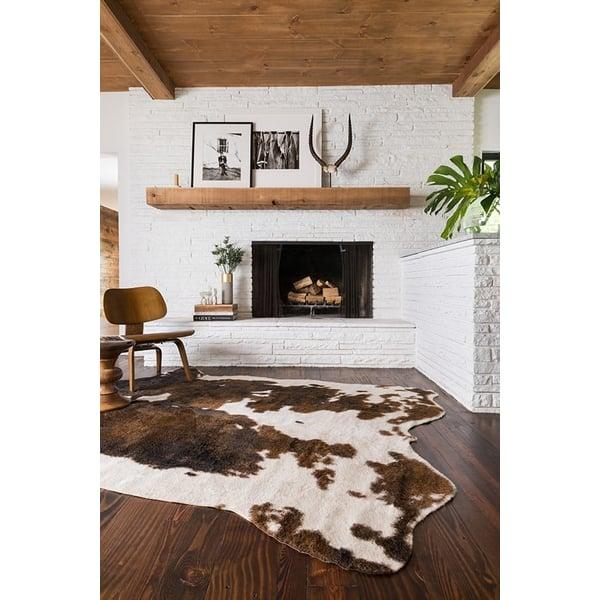 Beige, Brown Animals / Animal Skins Area Rug