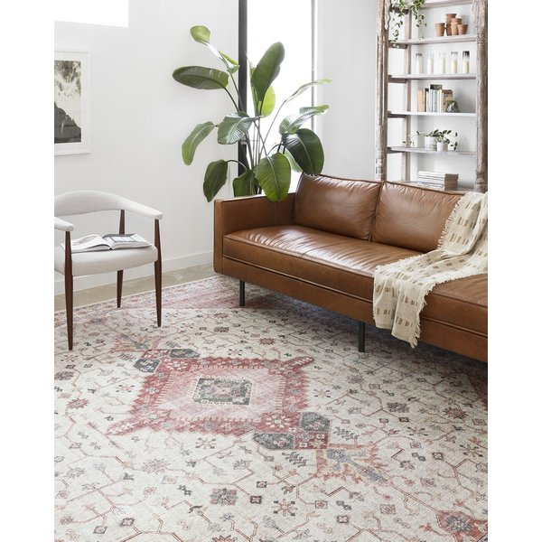 Ivory, Berry Traditional / Oriental Area-Rugs