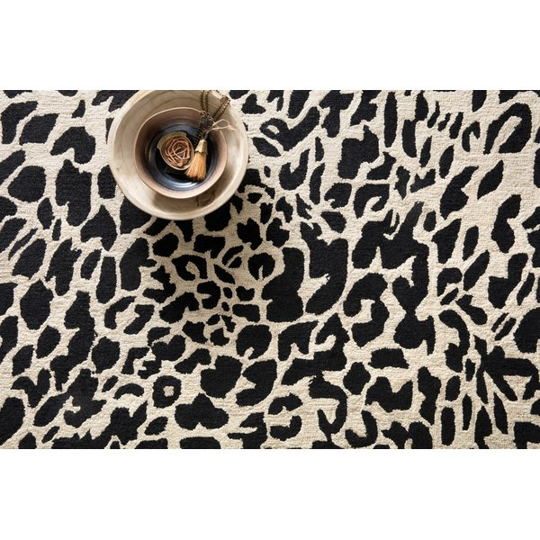 Black, Ivory Animals / Animal Skins Area-Rugs