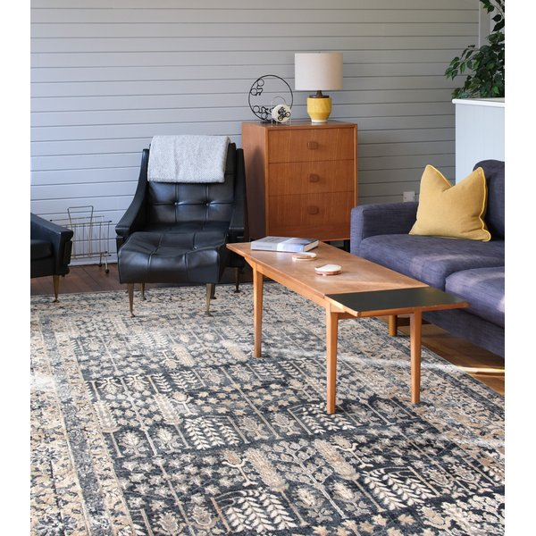 Graphite (BLM-03) Traditional / Oriental Area-Rugs
