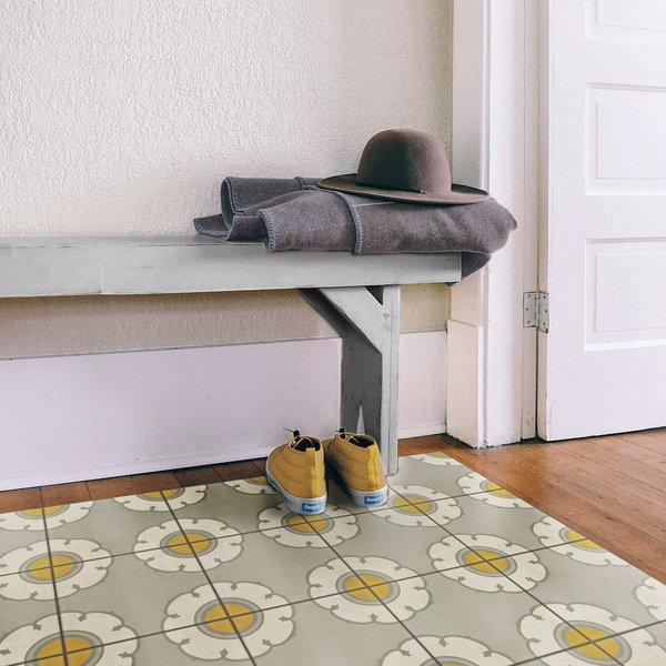 Distressed Grey, Cream, Yellow - Be Bop a Lula Floral / Botanical Area-Rugs