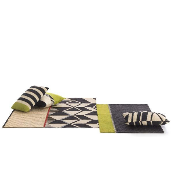 Black, White Contemporary / Modern pillow