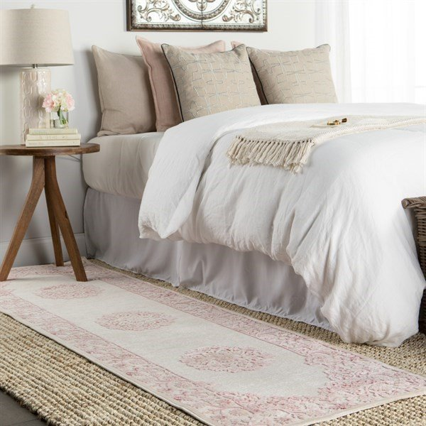 Layered Bedroom Rug Ideas