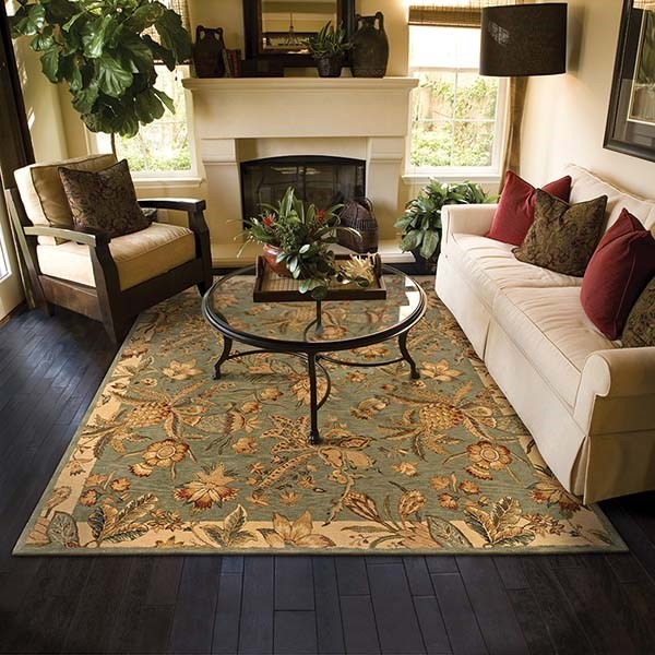Green, Ivory Traditional / Oriental Area Rug