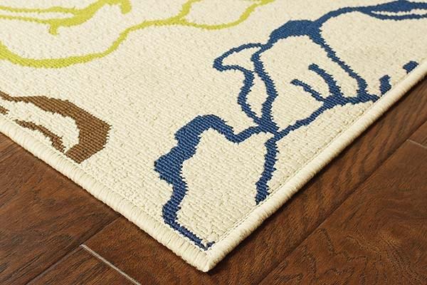 Ivory, Green Outdoor / Indoor Area Rug