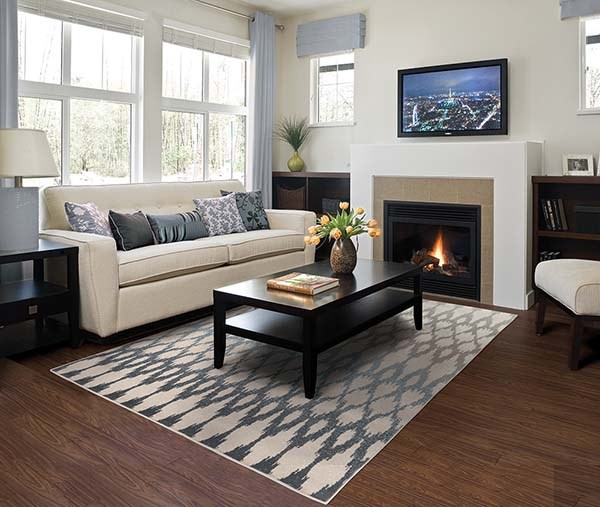Ivory, Blue Transitional Area Rug