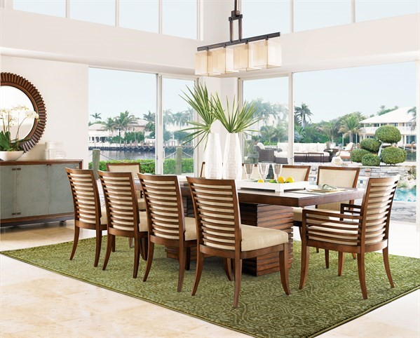 Green, Beige (P) Traditional / Oriental Area Rug
