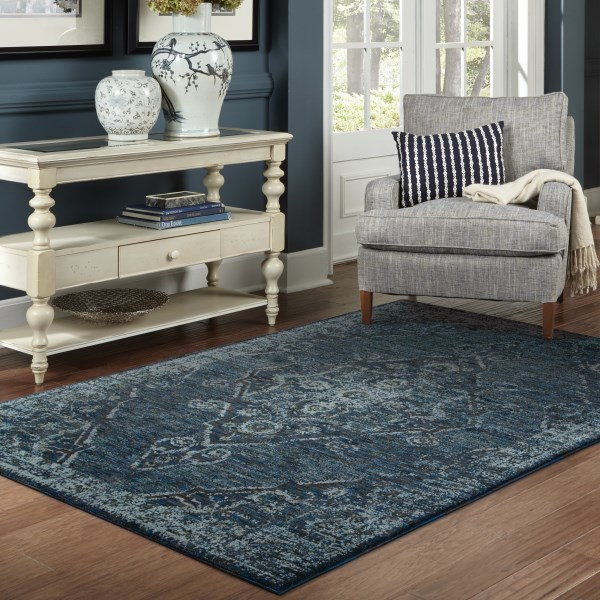 Blue, Blue (F) Traditional / Oriental Area Rug