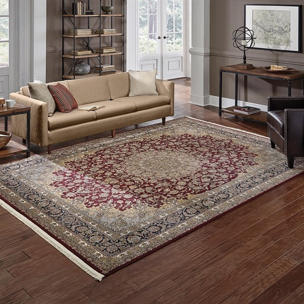 Red (R2) Traditional / Oriental Area Rug