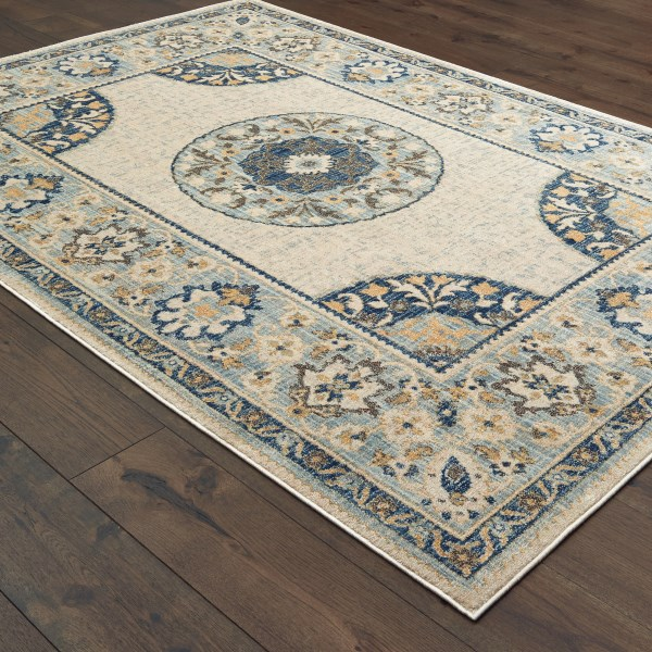 Ivory, Blue (W) Traditional / Oriental Area Rug