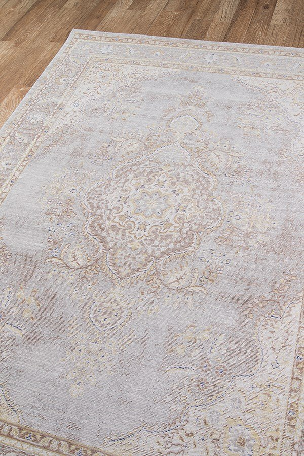 Grey Traditional / Oriental Area Rug