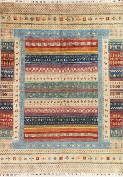 Tan, Blue, Red Traditional / Oriental Area Rug