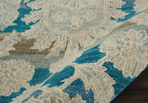 Ivory, Teal Traditional / Oriental Area Rug