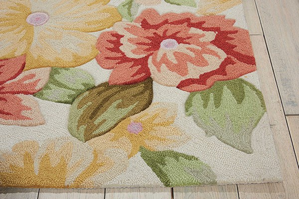 Cream Floral / Botanical Area Rug