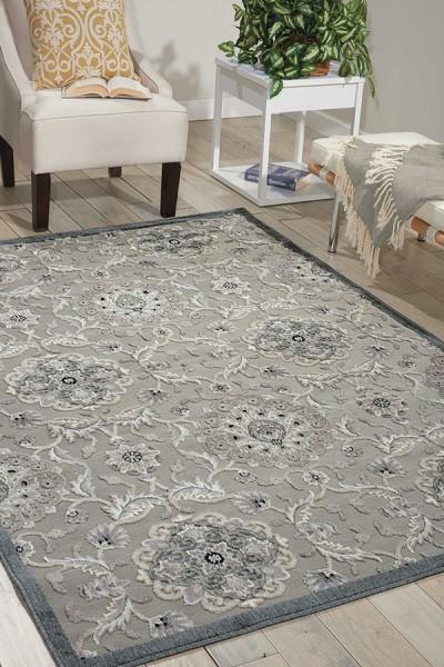 Grey Traditional / Oriental Area Rug