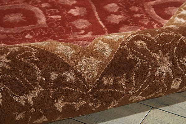 Ruby Traditional / Oriental Area Rug
