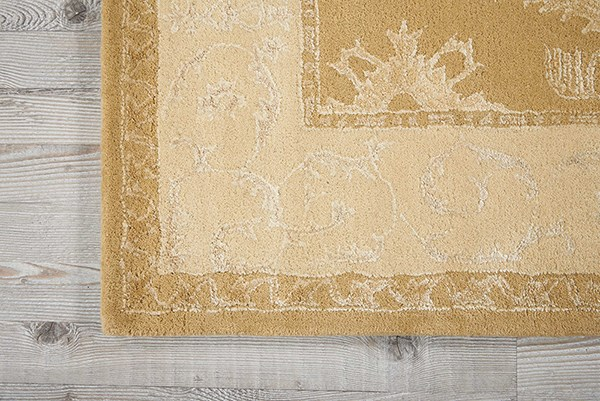 Gold Traditional / Oriental Area Rug