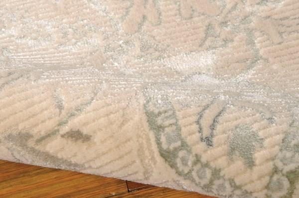 Cream Traditional / Oriental Area Rug