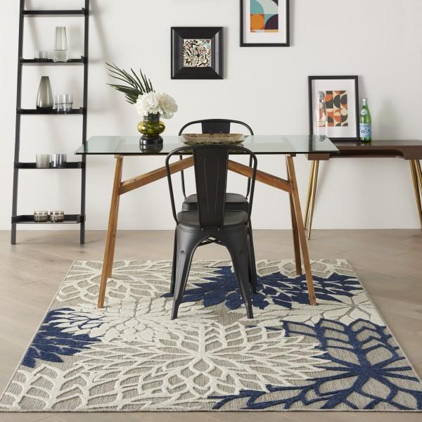Ivory, Navy Outdoor / Indoor Area Rug