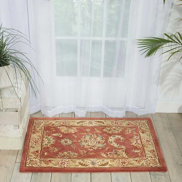 Rose Traditional / Oriental Area Rug