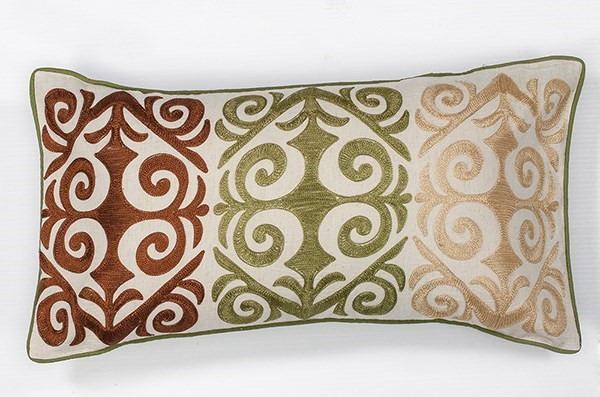 Ivory (L-171) Moroccan pillow