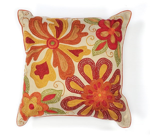 Ivory, Red (L-123) Floral / Botanical pillow