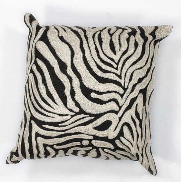 Black, White (L-119) Animals / Animal Skins pillow