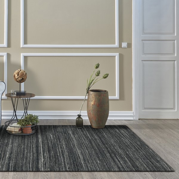 Charcoal (1952) Casual Area Rug