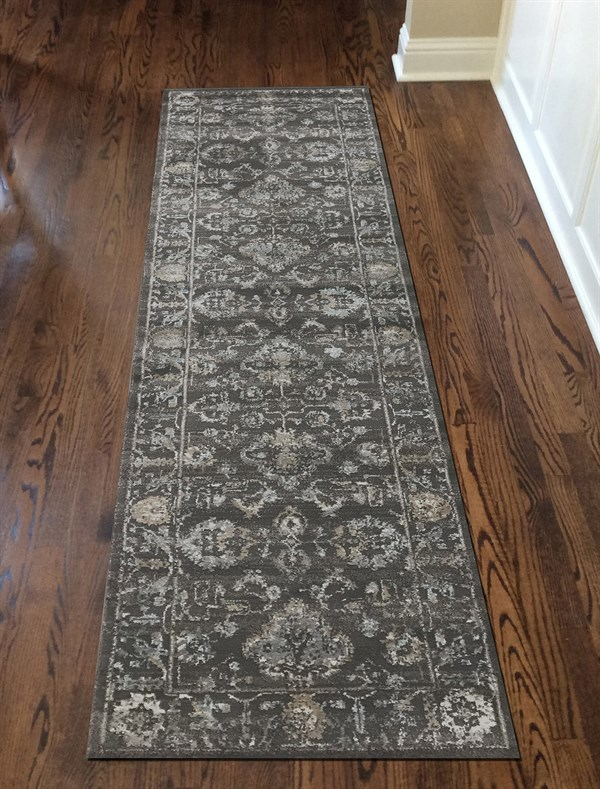 Light Brown Traditional / Oriental Area Rug