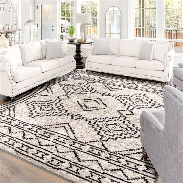 Silver (South by Silver) Southwestern / Lodge Area Rug